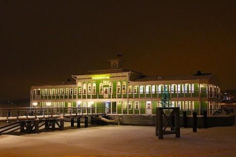Новогодняя ночь в Старой пристани