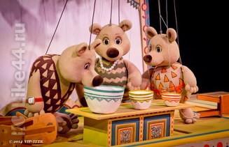 Афиша спектакля Три медведя